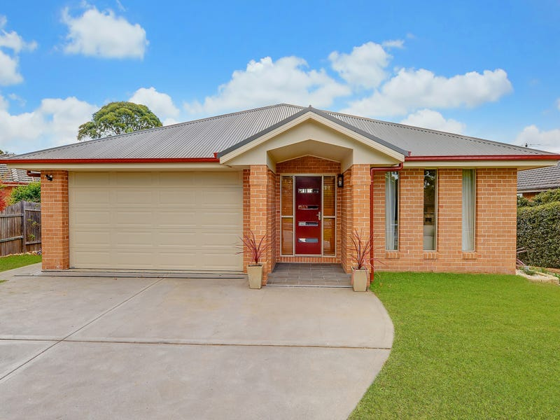 359 Somerville Road, Hornsby Heights, NSW 2077