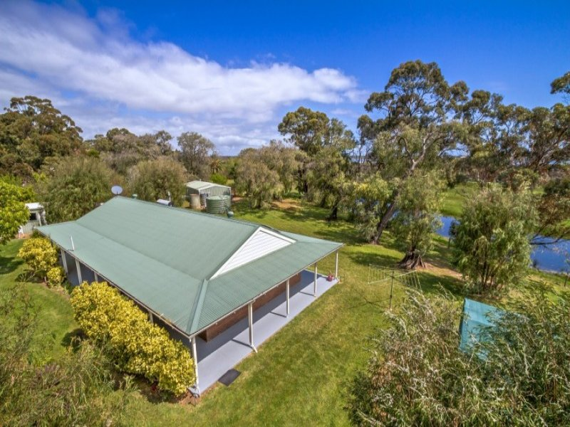 90 Barracks Drive, Reinscourt, WA 6280