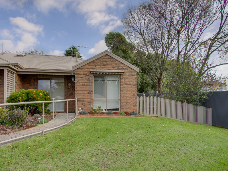 6/27-31 Kings Road, Emerald, Vic 3782