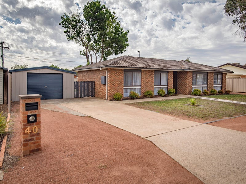 40 Smalley Circuit, Giralang, ACT 2617