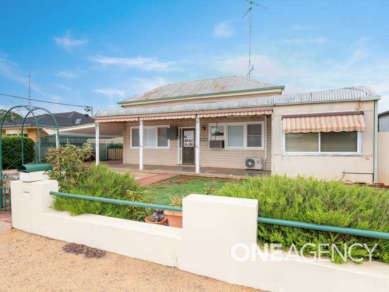 90 Drummond Street, Lockhart, NSW 2656