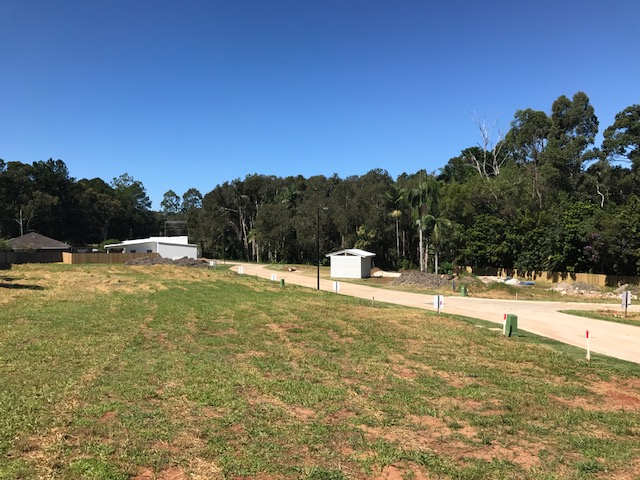 Lot 4 23  Railway Pde, Glass House Mountains, Qld 4518