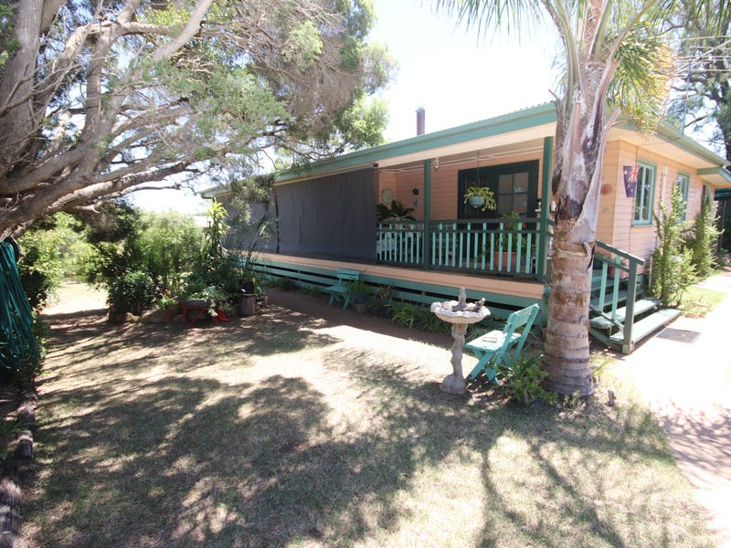 39 Cooke Street, Goombungee, Qld 4354