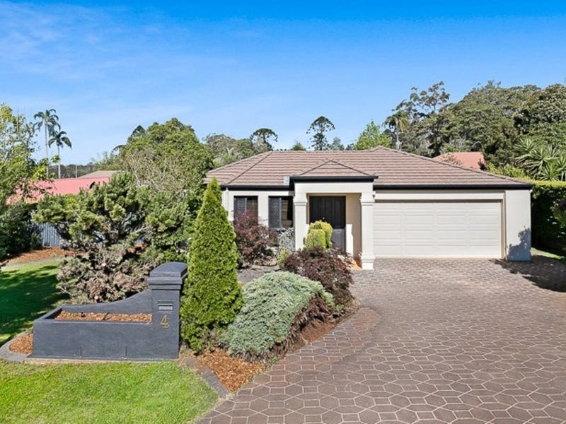 4 Woodland Close, Middle Ridge, Qld 4350
