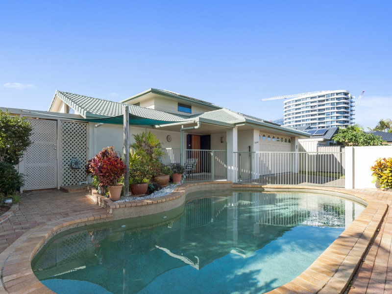 6 Longboat Place, Biggera Waters, Qld 4216