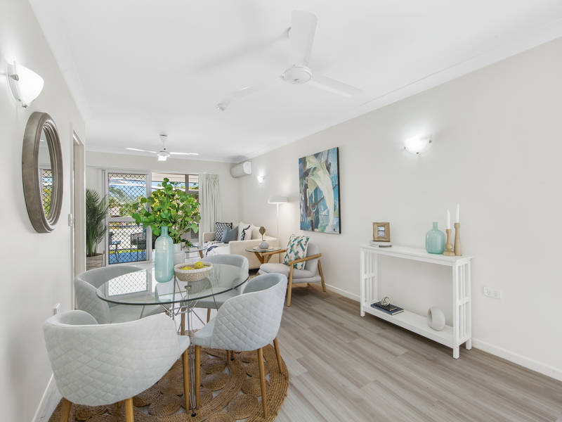 9 Gooding Dr, Clear Island Waters, Qld 4226