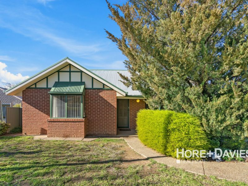 Villa 2/1 Lachlan Place, Tatton, NSW 2650
