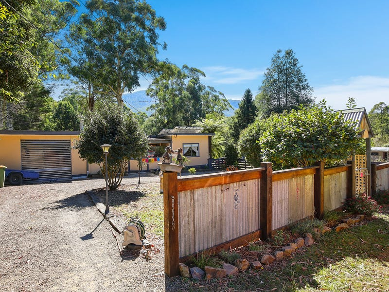 21 Rainbow Trout Avenue, East Warburton, Vic 3799