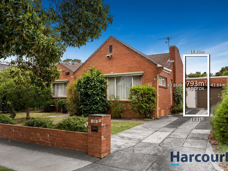 30 Panoramic Grove, Glen Waverley, Vic 3150
