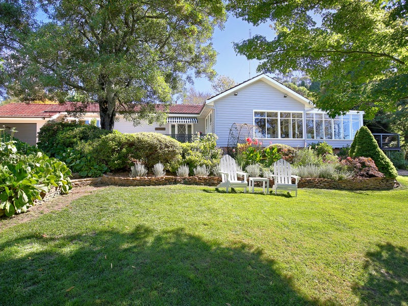 16 Park Avenue, Blackheath, NSW 2785