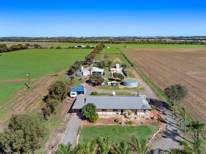 34449 Brand Highway, Greenough, WA 6532