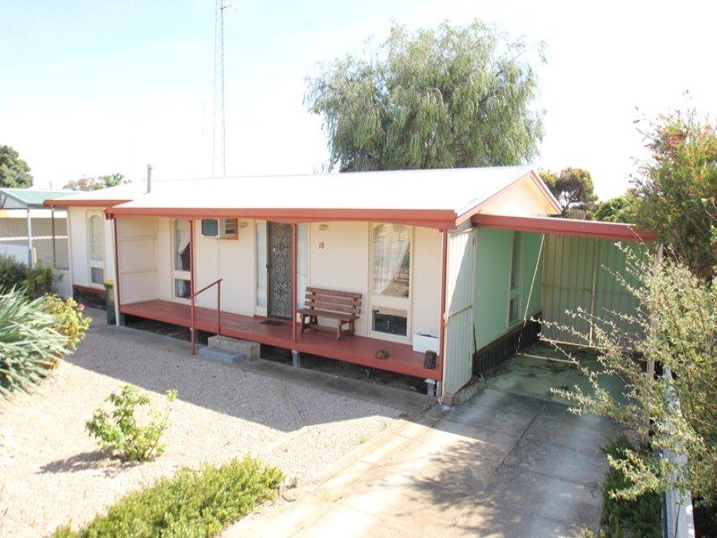 18 Bayview Drive, Moonta Bay, SA 5558