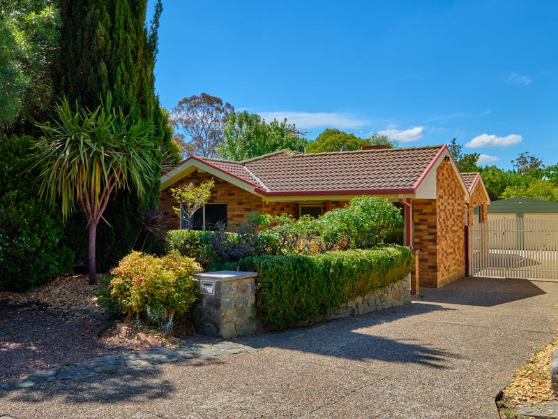 33 Corringle Close, Amaroo, ACT 2914