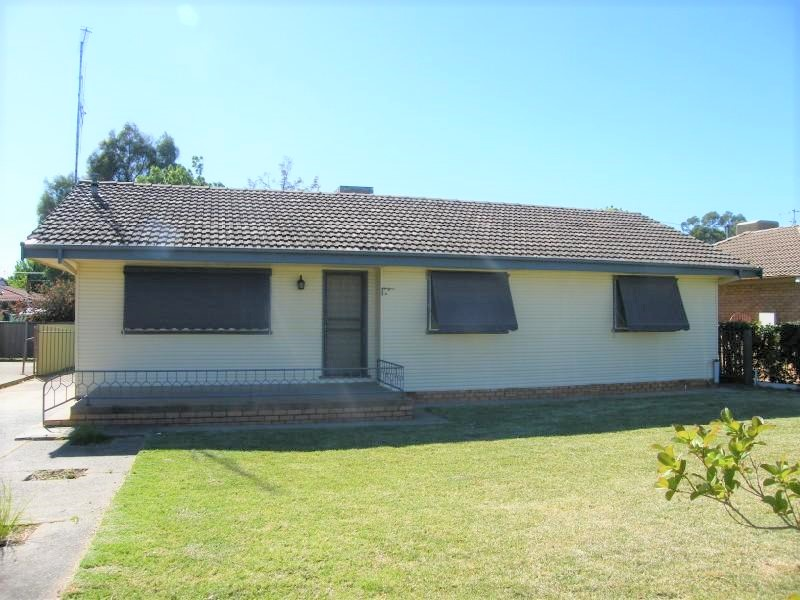 11 Facey Street, Forbes, NSW 2871