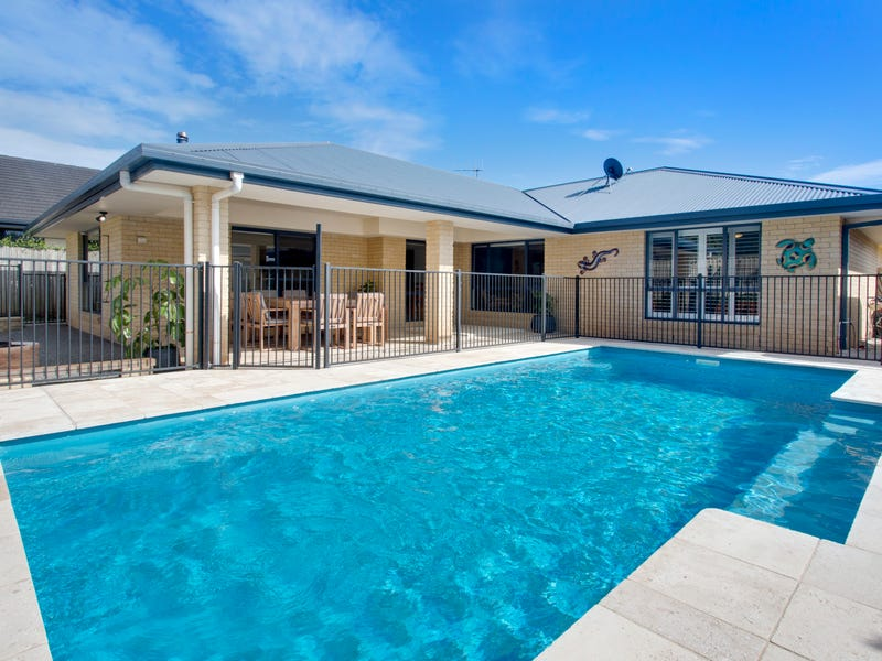 27 Hungerford Place, Bonny Hills, NSW 2445