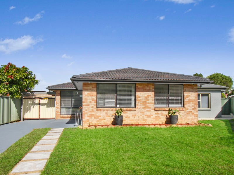 8 & 8A Sawell Street, Bossley Park, NSW 2176