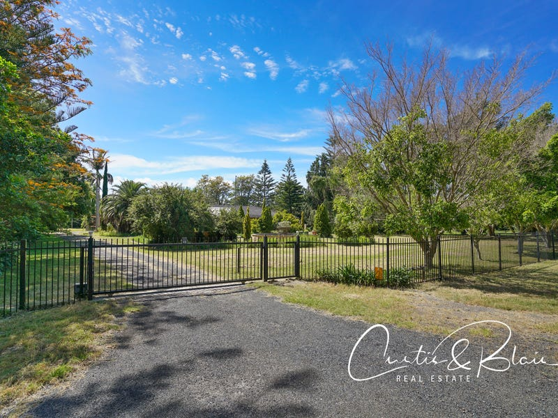 13 Oakfield Road, Salt Ash, NSW 2318
