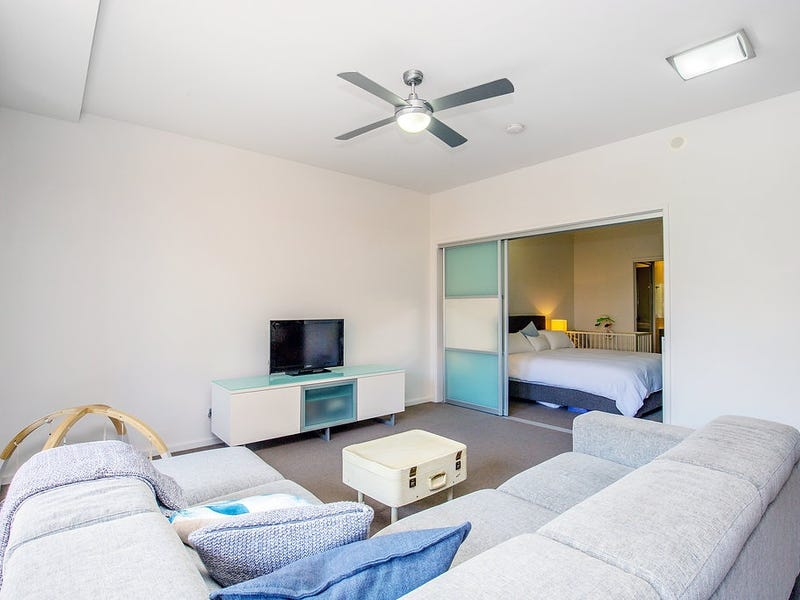 3037/3029 The Boulevard, Carrara, Qld 4211