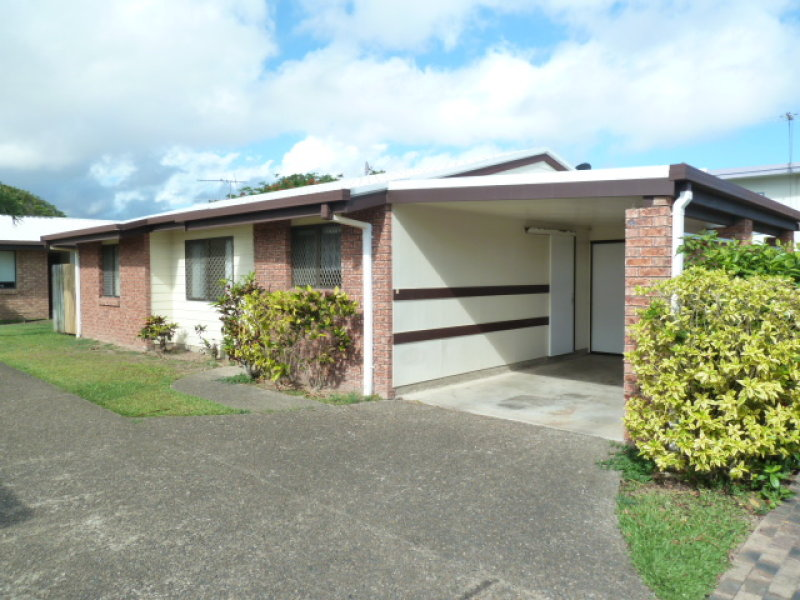 2/10 Trogolby St, South Mackay, Qld 4740