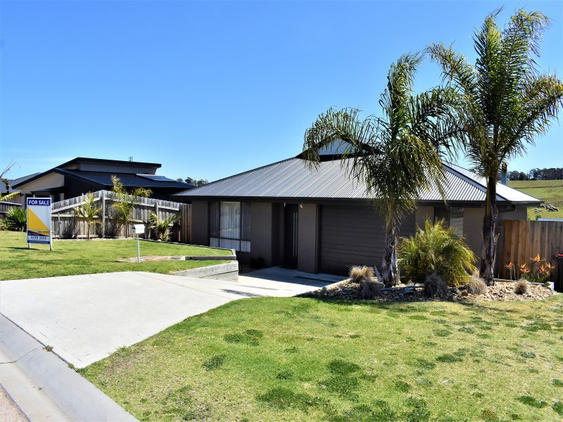 22 Norman Court, Lakes Entrance, Vic 3909