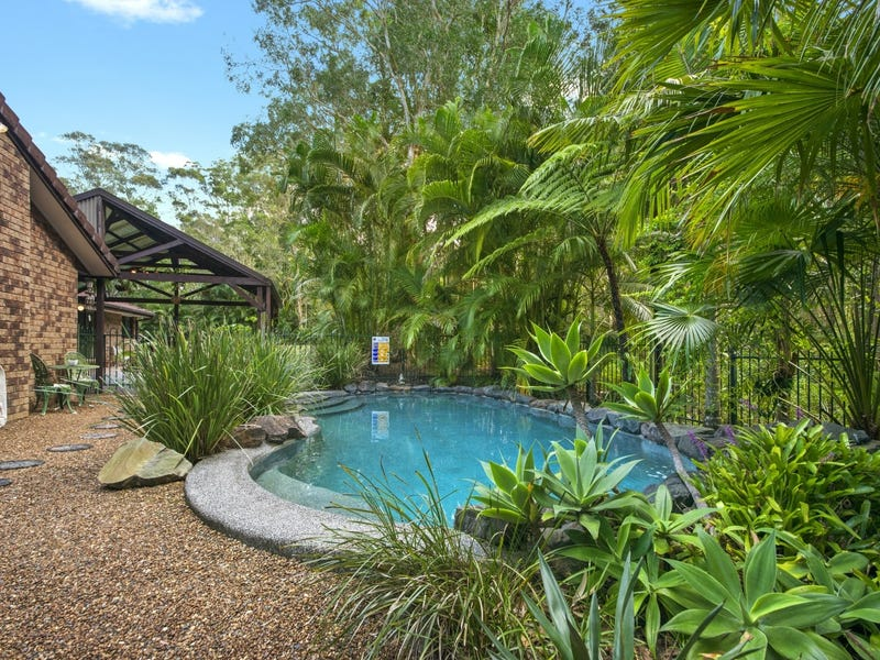 15 Beech Road, Landsborough, Qld 4550