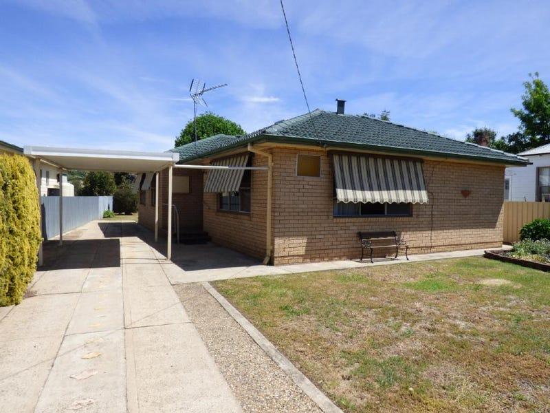 43 Centenary Avenue, Cootamundra, NSW 2590