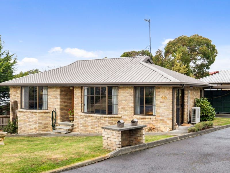 1/49 Hiern Road, Blackmans Bay, Tas 7052