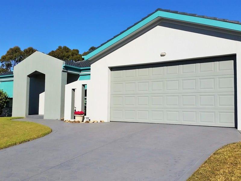 2 Undara Circuit, Forster, NSW 2428