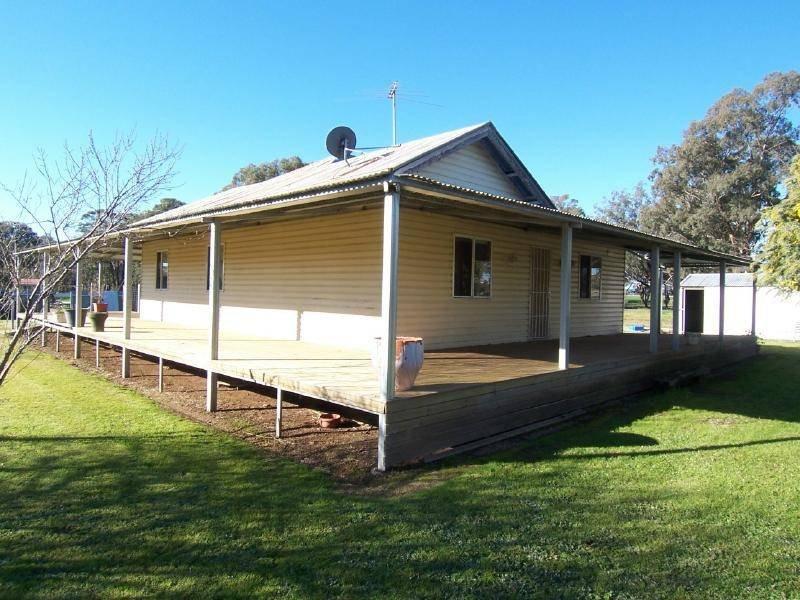 2 Hibernia Street, Stockinbingal, NSW 2725