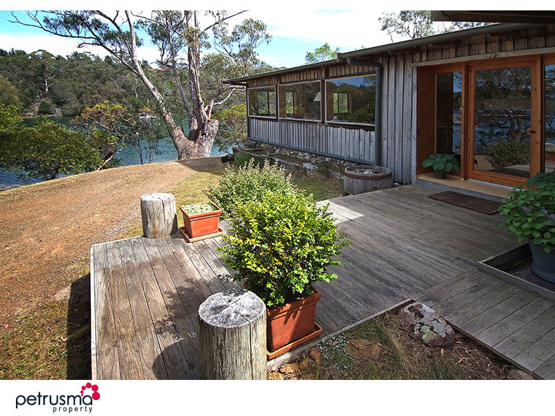 144 Church Road, Barnes Bay, Tas 7150