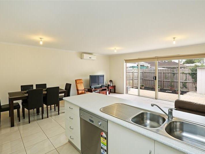 2/23 Flinders Avenue, Lara, Vic 3212