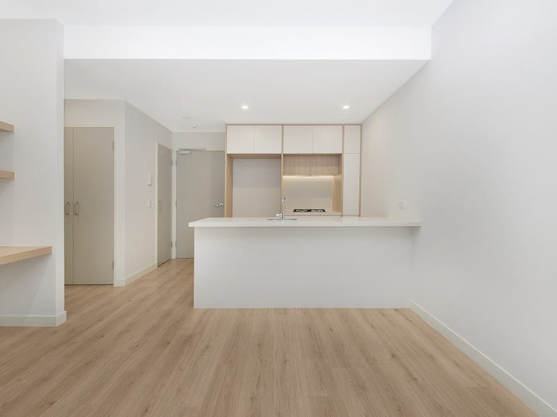 307/81A Lord Sheffield Circuit, Penrith, NSW 2750