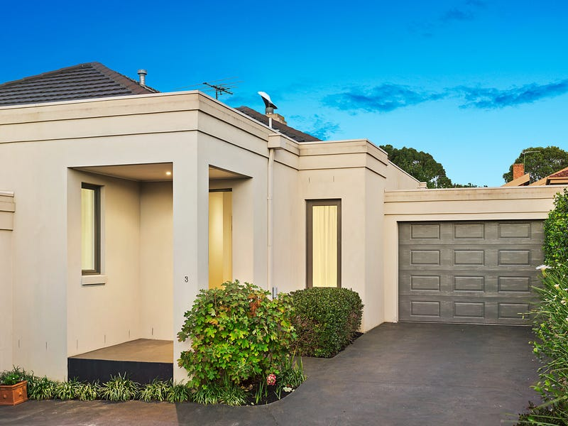 3/22 Graham Place, Box Hill, Vic 3128