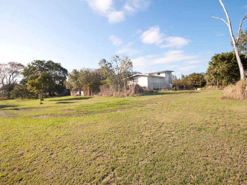 151 Emu Park Road, Nerimbera, Qld 4701