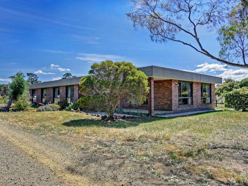 256 Shark Point Road, Penna, Tas 7171