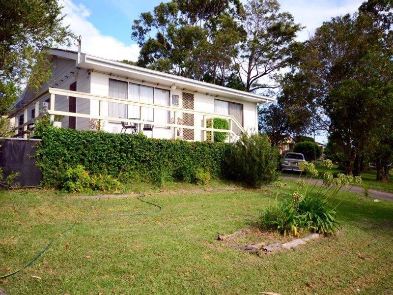 12 Ophir Street, Orient Point, NSW 2540