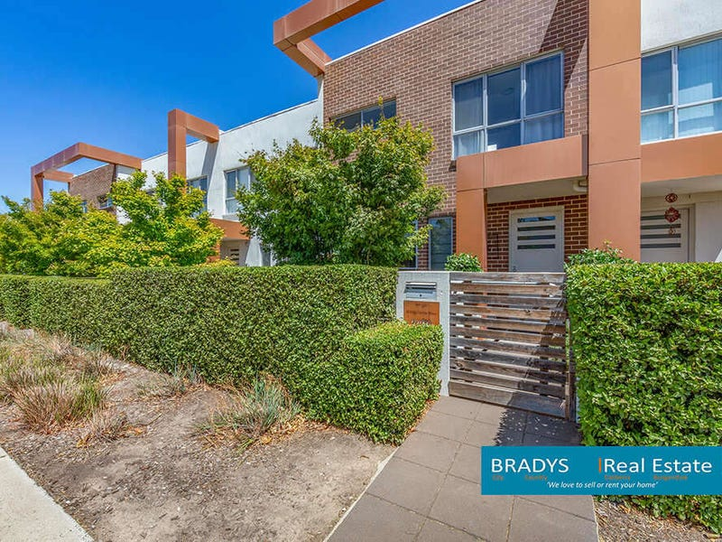 152/16 Kings Canyon Crescent, Harrison, ACT 2914
