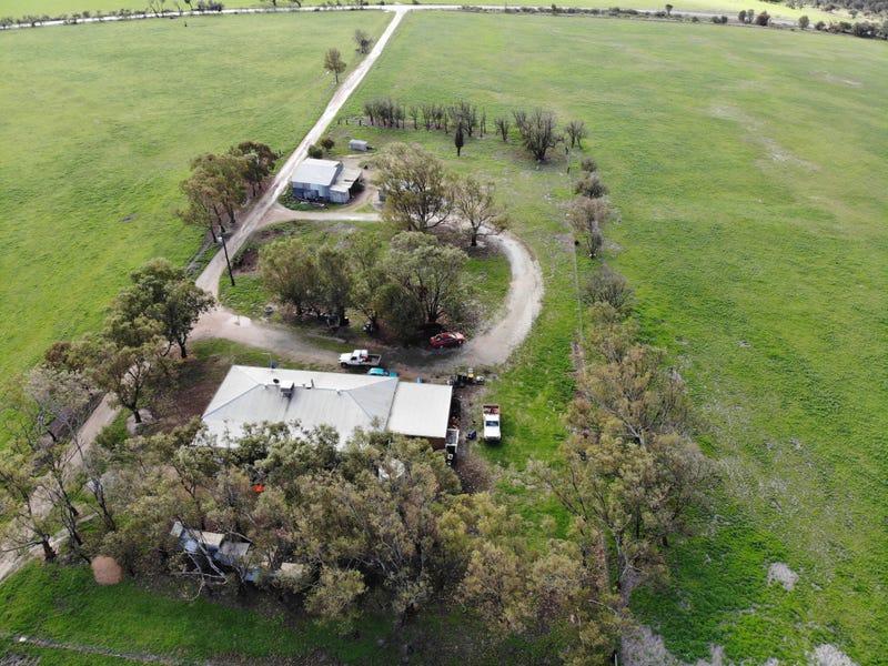 Aparima Farm, Milo Road, Dongara, WA 6525