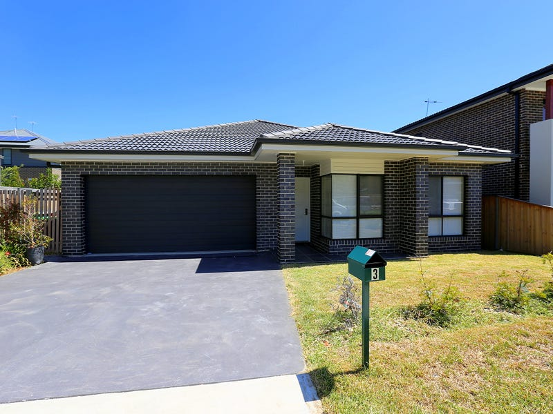 3 Purvis Avenue, Potts Hill, NSW 2143