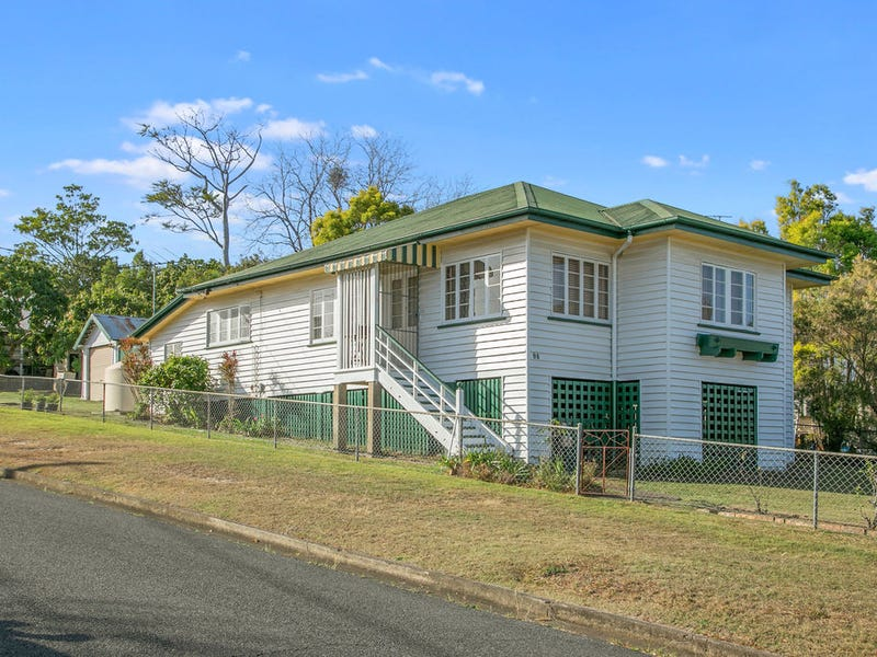 98 Plimsoll Street, Greenslopes, Qld 4120