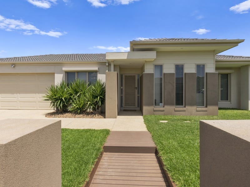 19 Ribbon Gum Drive, Tarneit, Vic 3029