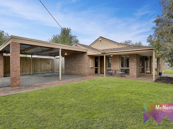 40 Clarendon Drive, Somerville, Vic 3912