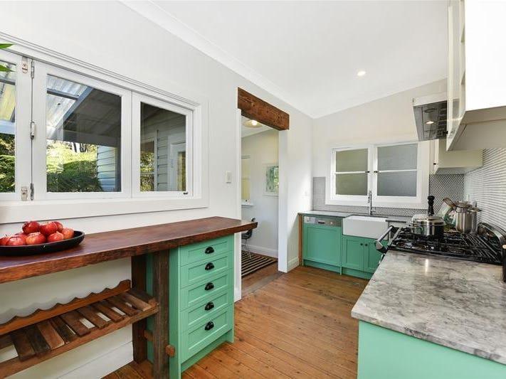 18 Pitt Street, Springwood, NSW 2777