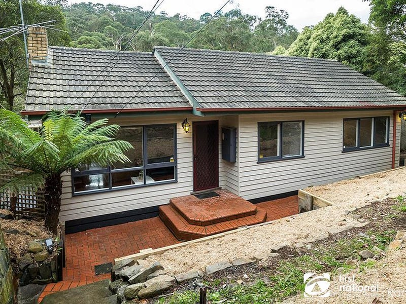 99 Old Belgrave Road, Upwey, Vic 3158