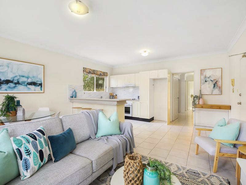1/105 Henry Parry Drive, Gosford, NSW 2250