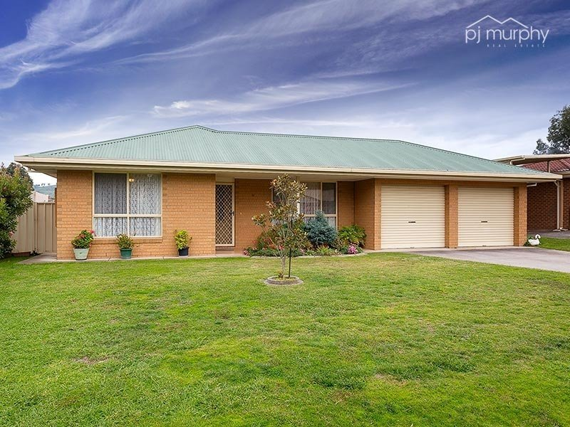 14 Kiewa Valley Court, Tangambalanga, Vic 3691