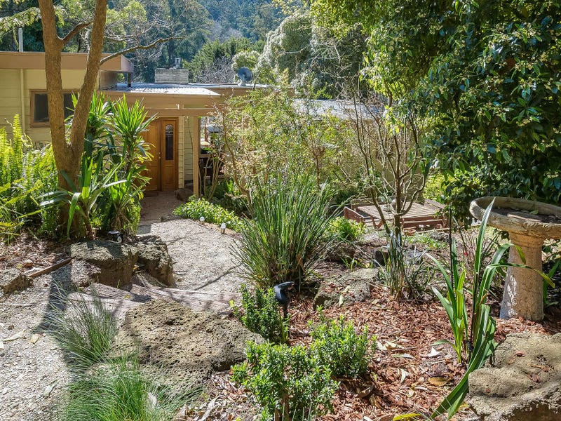 4 View Road, The Patch, Vic 3792