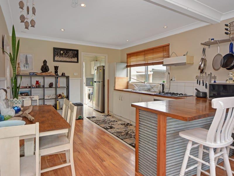 14 Lagoon Street, Barrack Heights, NSW 2528