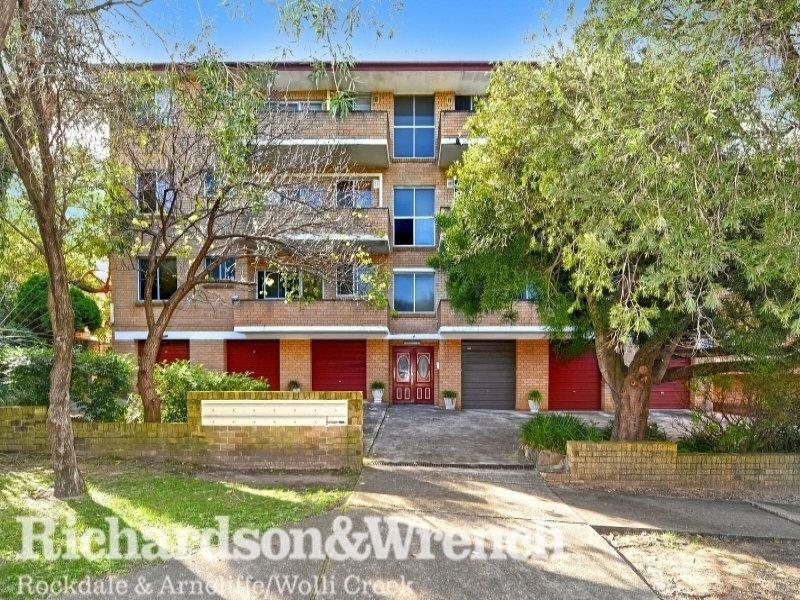 8/4 Hayburn Avenue, Rockdale, NSW 2216