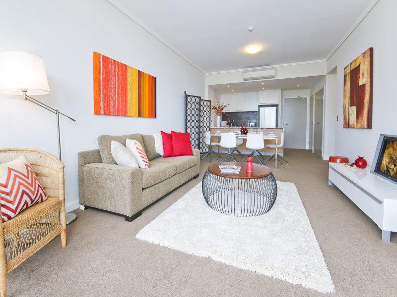 6 Avenue of Oceania, Newington, NSW 2127